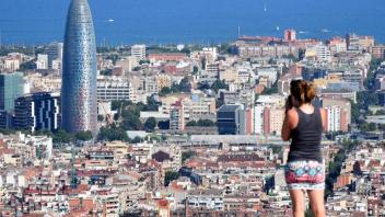 UC Davis Study Abroad, Summer Abroad Spain_Housing Program, Photo Album, Image 2